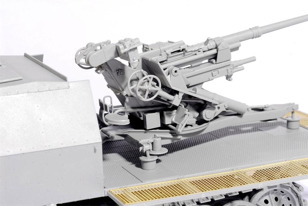 ドイツ Sd.Kfz.7/2 8トン ハーフトラック 3.7cm Flak37搭載型 アーマードキャビン / 3.7cm Flak36 搭載型プラモデル(ドラゴン1/35 39-45 SeriesNo.6953)商品画像_4