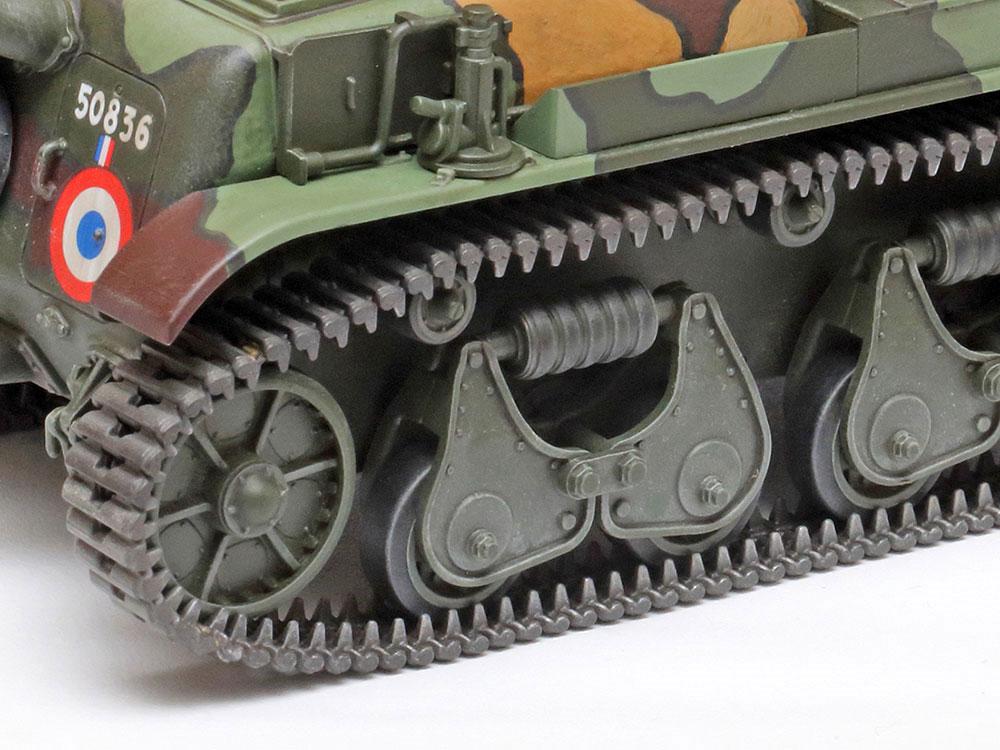 フランス軽戦車 R35プラモデル(タミヤ1/35 ミリタリーミニチュアシリーズNo.373)商品画像_4
