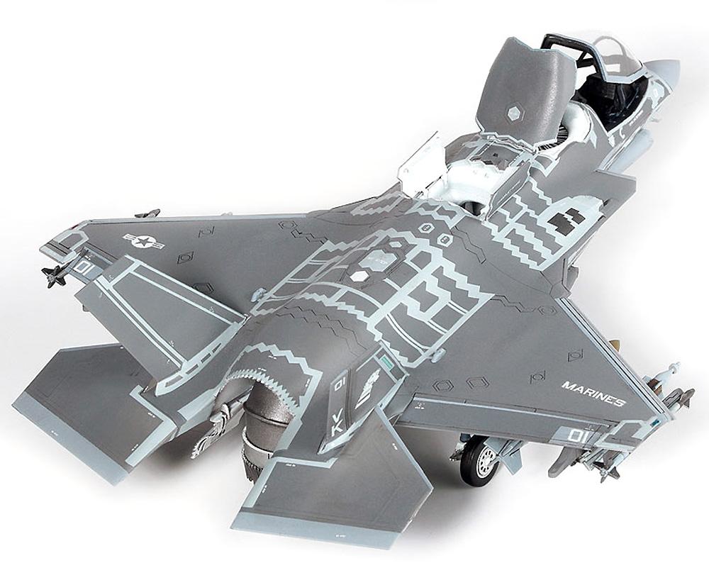 アメリカ海兵隊 F-35B ライトニング 2 VMFA-121 グリーンナイツプラモデル(アカデミー1/72 AircraftsNo.12569)商品画像_4