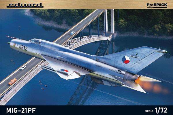 MiG-21PFプラモデル(エデュアルド1/72 プロフィパックNo.70143)商品画像