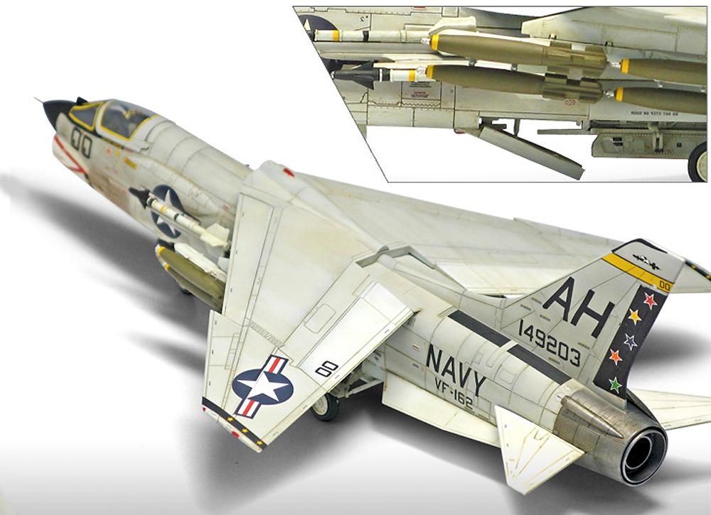 アメリカ海軍 F-8E クルセイダー VF-162 ザ・ハンターズプラモデル(アカデミー1/72 Scale AircraftsNo.12521)商品画像_3