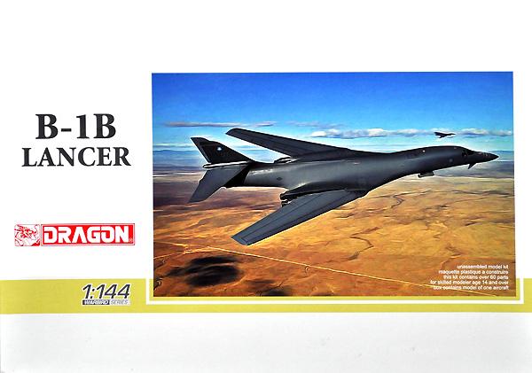 アメリカ空軍 戦略爆撃機 B-1B ランサープラモデル(ドラゴン1/144 ウォーバーズ (プラキット)No.4624)商品画像