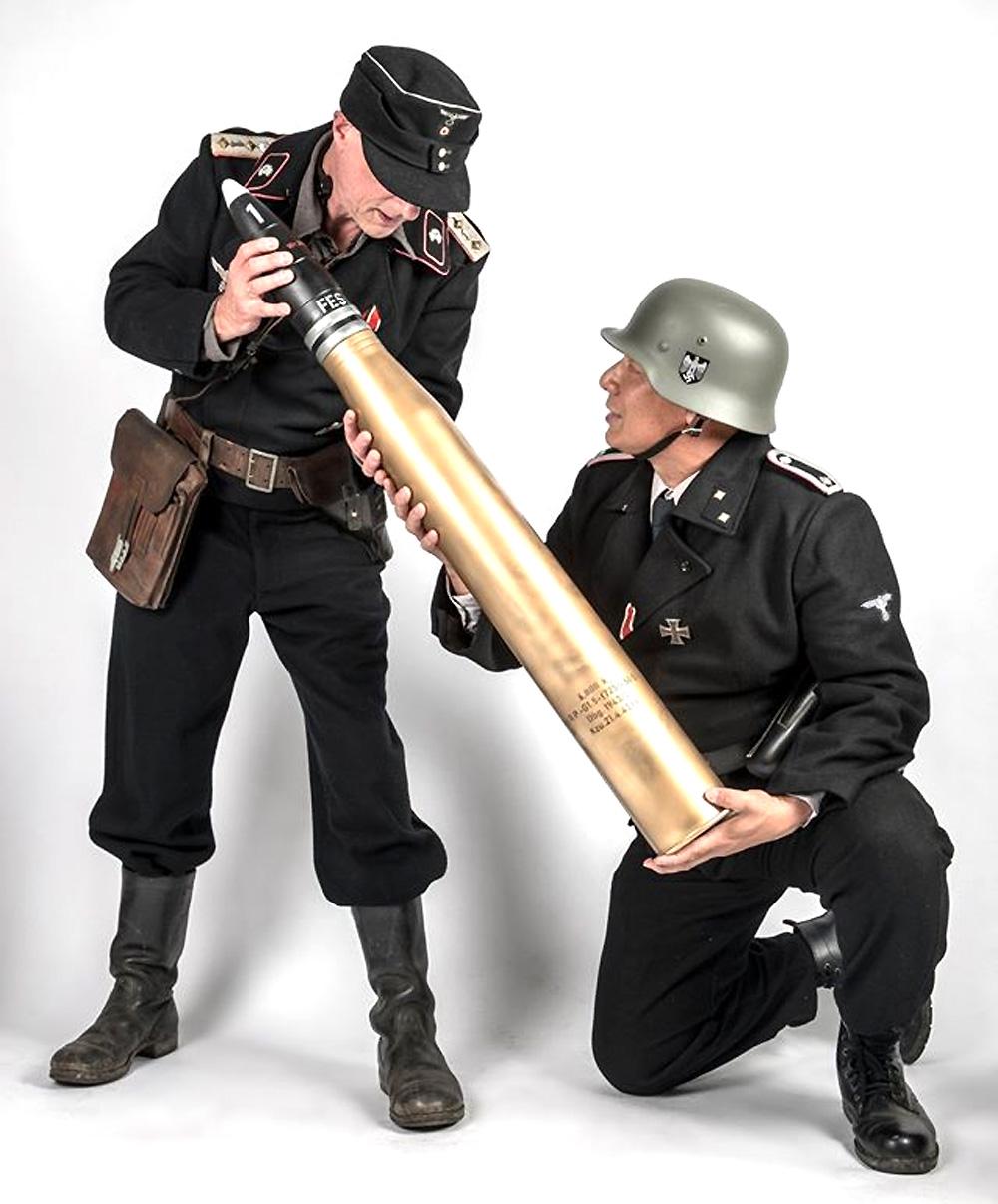 8.8cm Pzgr.39/43 (APCBC-HE) L/71 徹甲弾 ティーガー2用プラモデル(ピッグモデルミリタリーNo.1-002)商品画像_4