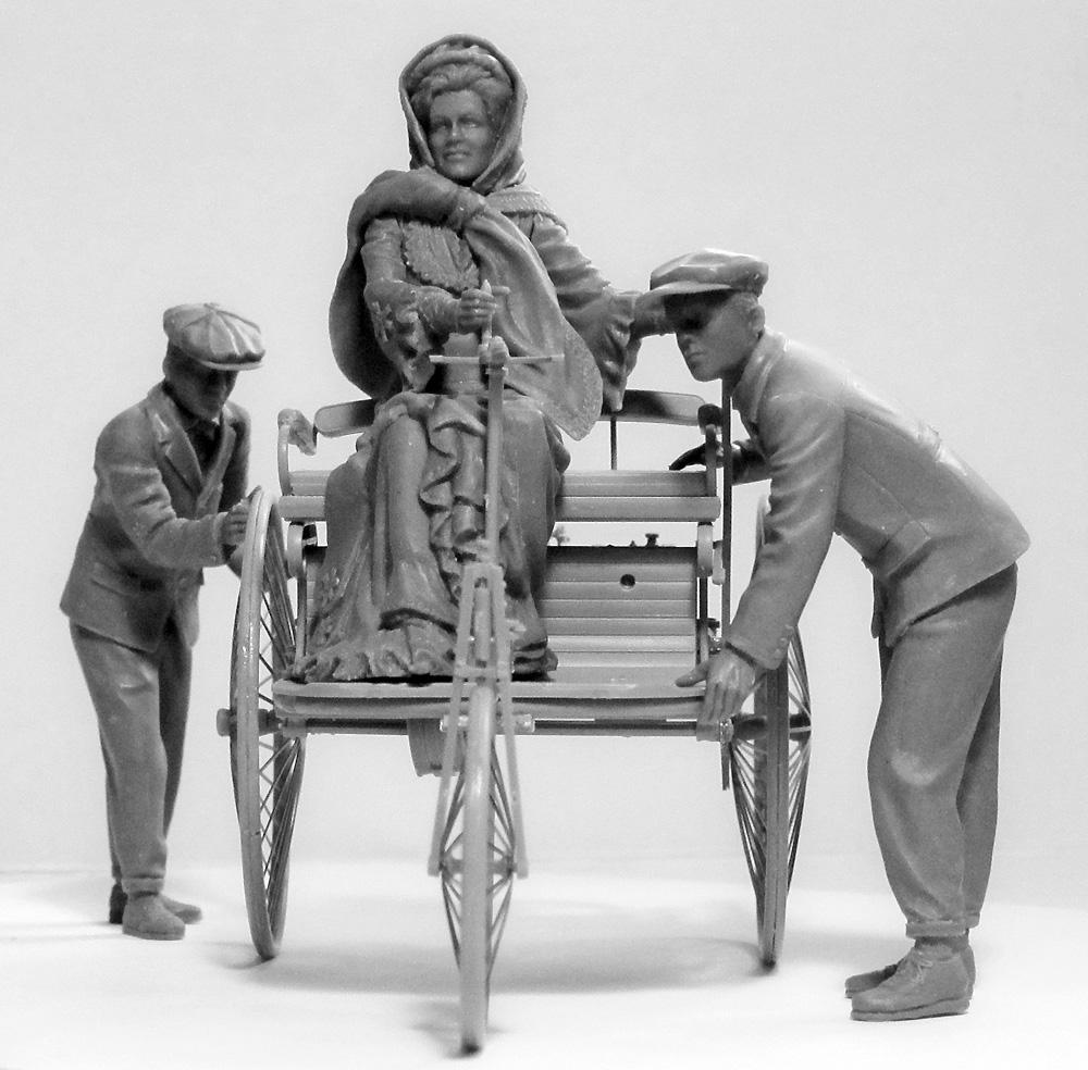 ベンツ パテント モトールヴァーゲン 1886 w/Mrs.ベンツ & サンズプラモデル(ICM1/24 カーモデルNo.24041)商品画像_4