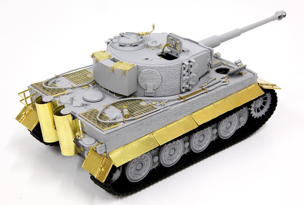 ドイツ ティーガー 1 後期生産型 w/ツィメリットコーティング ノルマンディ 1944 ディテールアップパーツ付きプラモデル(ドラゴン1/35 '39-'45 SeriesNo.DR6947SP)商品画像_4