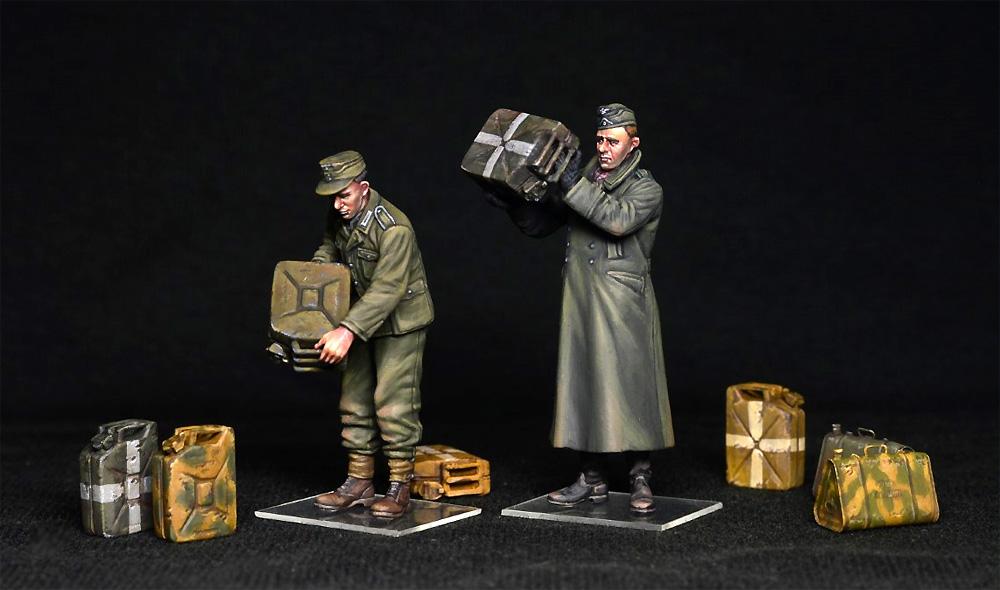 ドイツ兵とジェリカンプラモデル(ミニアート1/35 WW2 ミリタリーミニチュアNo.35286)商品画像_2