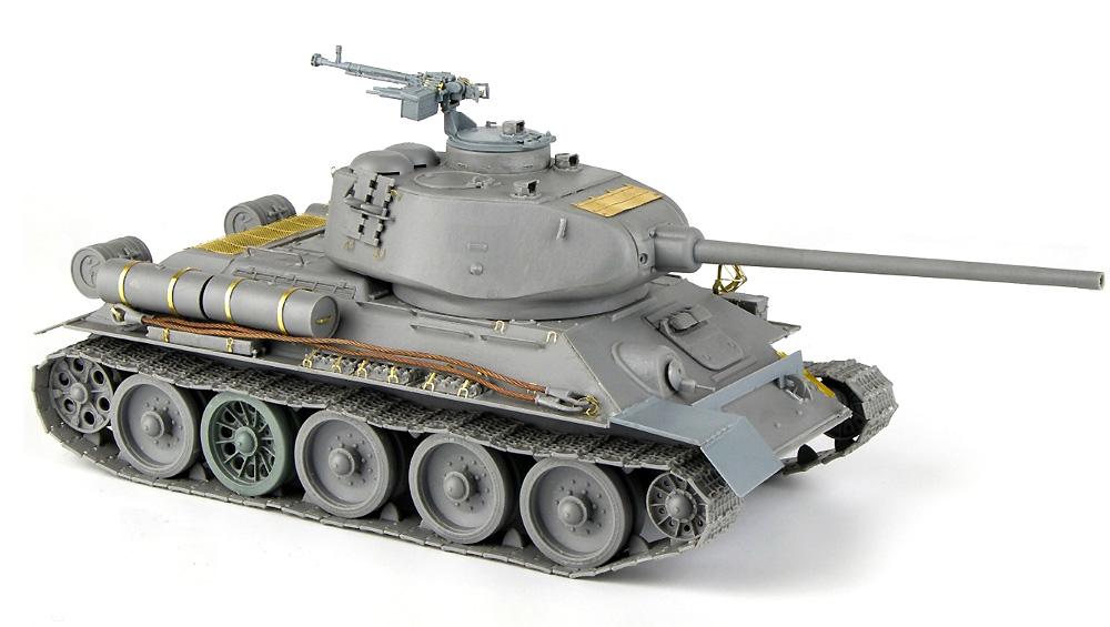エジプト軍 T-34/85 インテリアキットプラモデル(ミニアート1/35 ミリタリーミニチュアNo.37071)商品画像_1