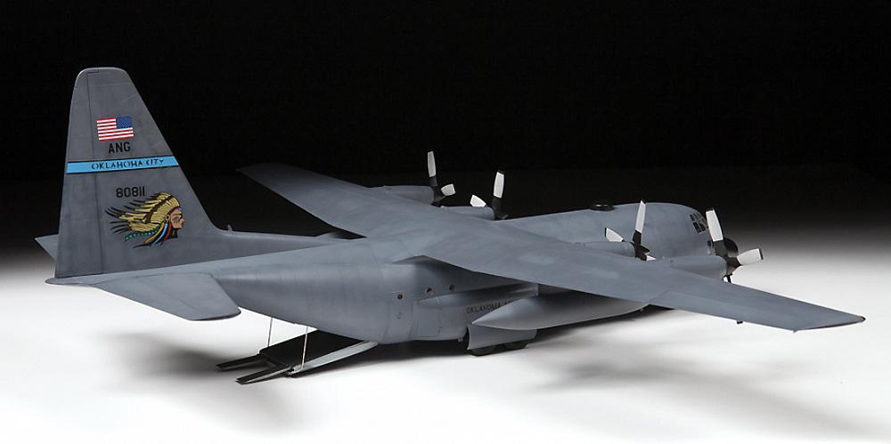 アメリカ 輸送機 C-130H ハーキュリーズプラモデル(ズベズダ1/72 エアクラフト プラモデルNo.7321)商品画像_4