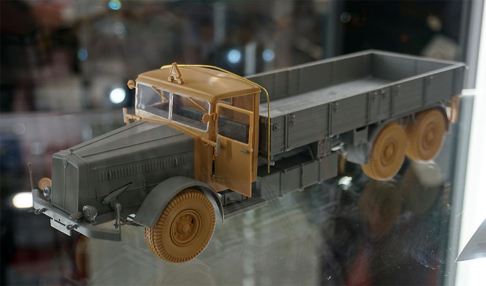 ドイツ 9t 運搬トラック ファウン L900 ハードトップ incl. ソフトトップ キャブ 2in1プラモデル(ダス ヴェルク1/35 ミリタリーNo.DW35001)商品画像_3
