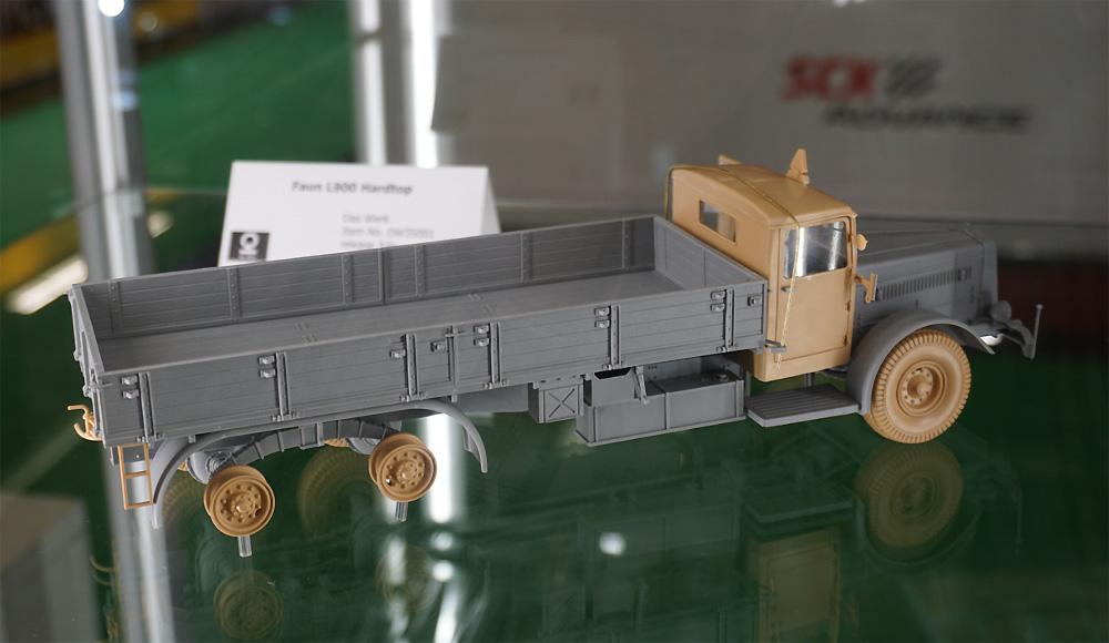 ドイツ 9t 運搬トラック ファウン L900 ハードトップ incl. ソフトトップ キャブ 2in1プラモデル(ダス ヴェルク1/35 ミリタリーNo.DW35001)商品画像_4