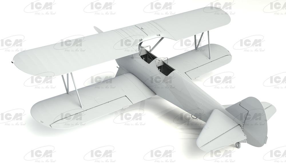 ステアマン PT-17 w/女性士官候補生プラモデル(ICM1/32 エアクラフトNo.32051)商品画像_1