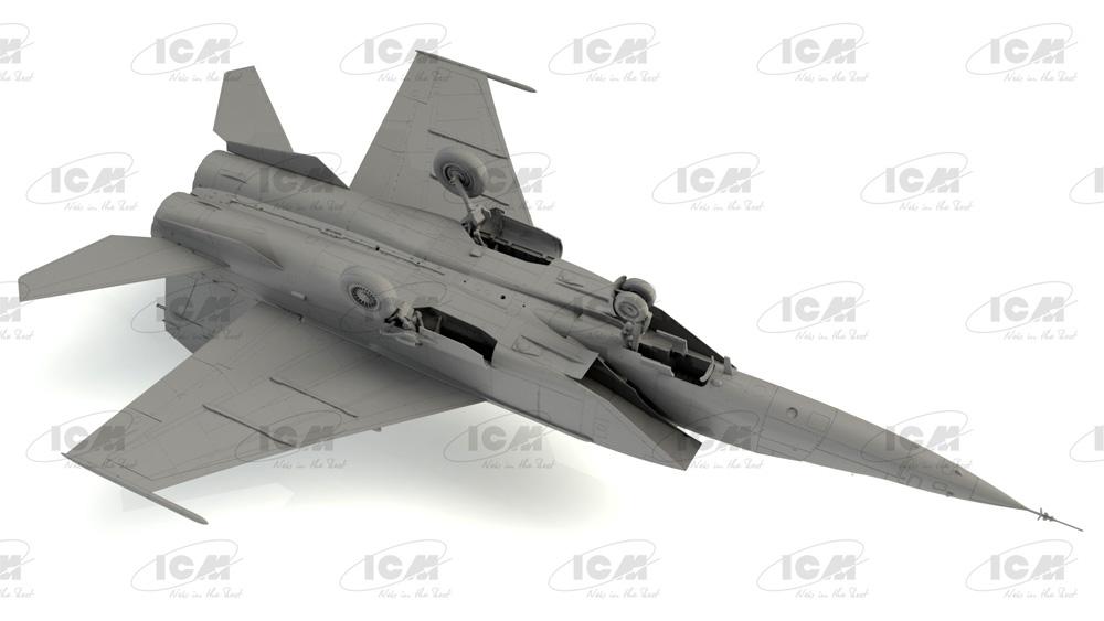 MiG-25RU 複座偵察機プラモデル(ICM1/72 エアクラフト プラモデルNo.72176)商品画像_4