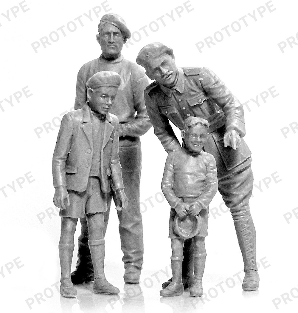 WW2 フランス タンククループラモデル(ICM1/35 ミリタリービークル・フィギュアNo.35647)商品画像_1