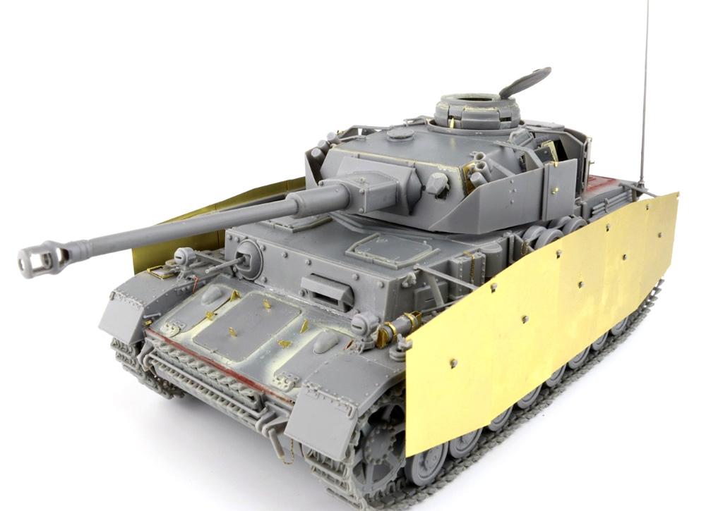 4号戦車H型 フォマーク社製 初期型 1943年5月 インテリアキットプラモデル(ミニアート1/35 WW2 ミリタリーミニチュアNo.35298)商品画像_4