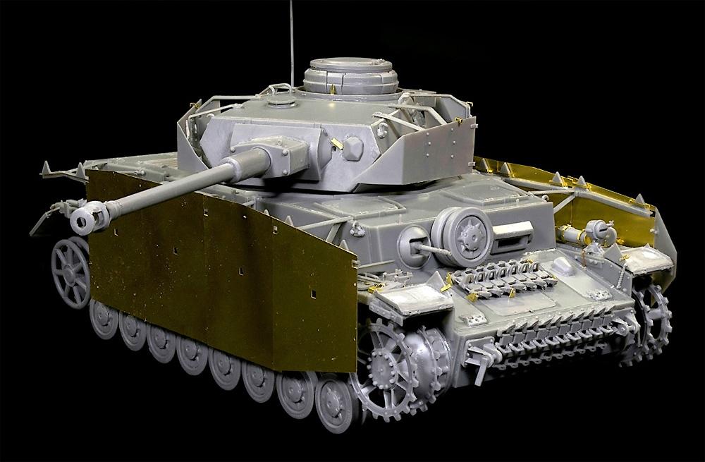 Pz.Kpfw.4 4号戦車H型 クルップ製 中期型 1943年8-9月 インテリアキットプラモデル(ミニアート1/35 WW2 ミリタリーミニチュアNo.35330)商品画像_3