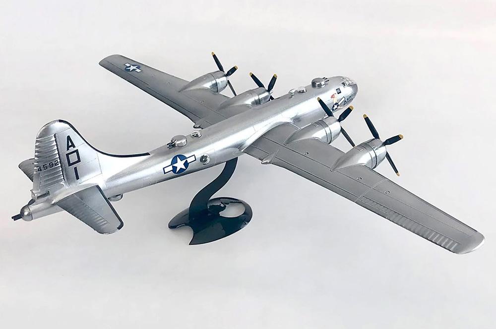 ボーイング B-29 スーパーフォートレス w/スイベルスタンドプラモデル(アトランティスプラスチックモデルキットNo.H208)商品画像_2
