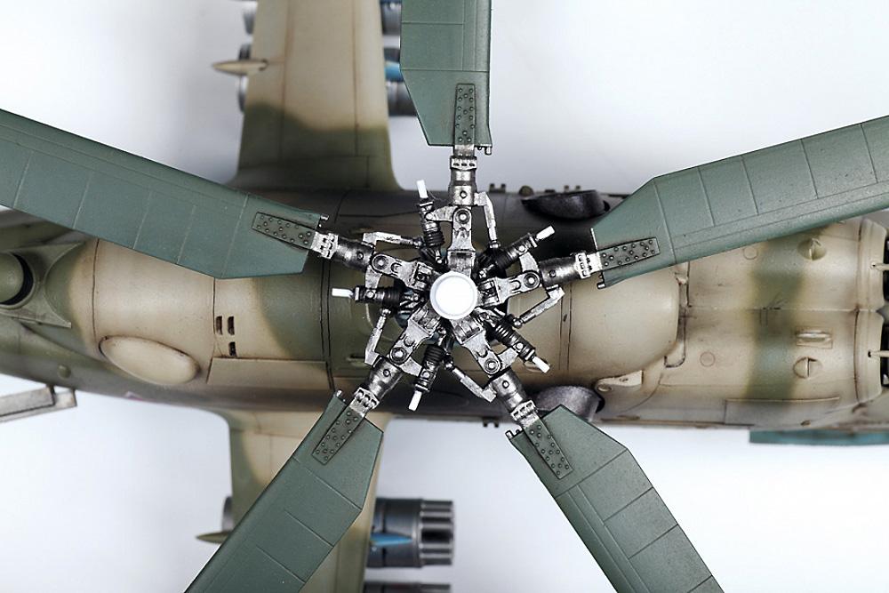 MIL Mi-24P ハインド ソビエト 攻撃ヘリコプタープラモデル(ズベズダ1/48 ミリタリーエアクラフト プラモデルNo.4812)商品画像_4