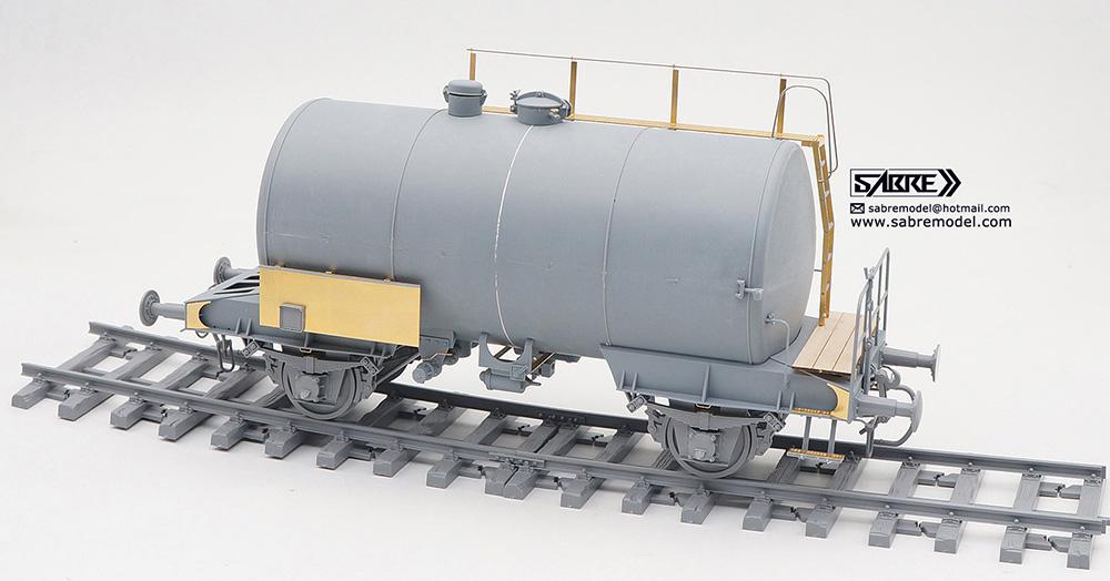 ドイツ鉄道 2軸タンク輸送車両 デウツ社製 1941-1990 (通常版)プラモデル(サーベルモデル1/35 ミリタリーNo.35A004)商品画像_3