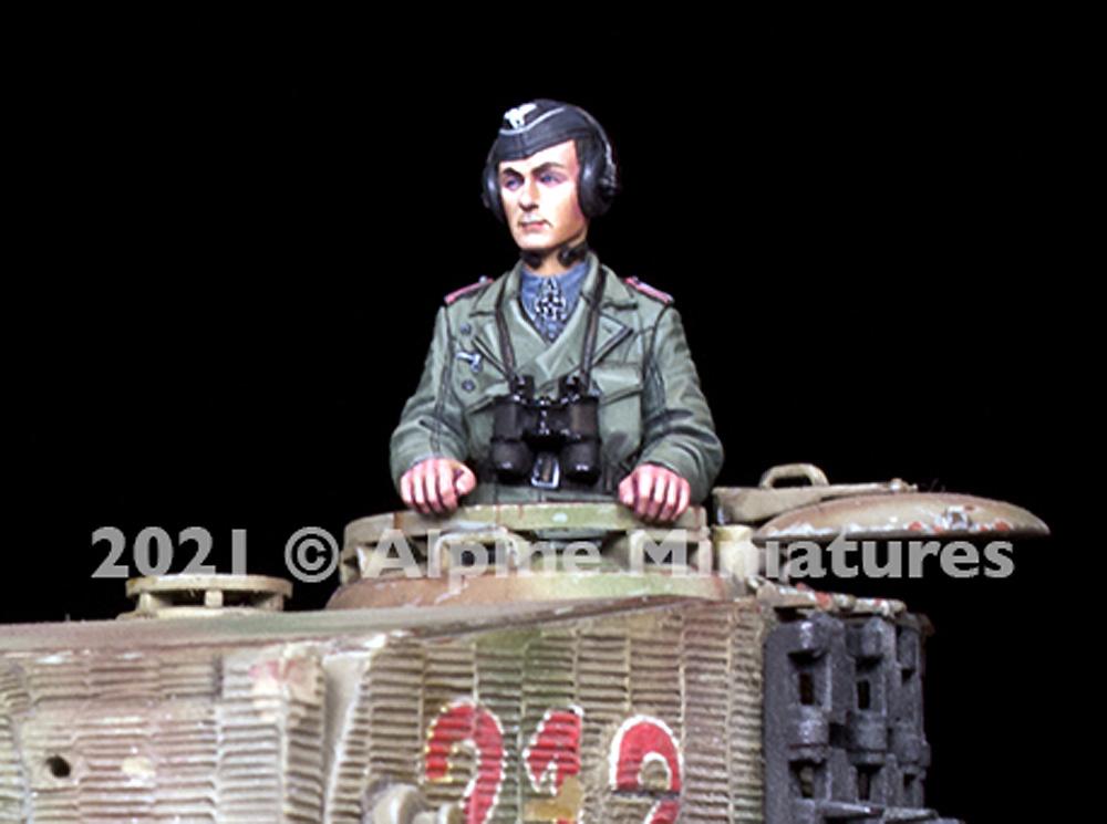 WW2 ドイツ 国防軍 パンツァーエースレジン(アルパイン1/35 フィギュアNo.AM35290)商品画像_1
