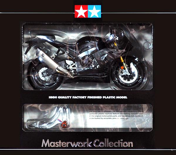 ホンダ CBR1000RR-R FIREBLADE SP ブラック 完成品(タミヤマスターワーク コレクションNo.21171)商品画像